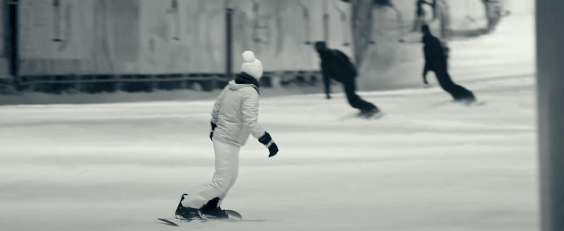 Videolip jagen door de sneeuw